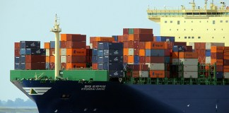 Waste plastic will be used to make fuel for cargo ships
