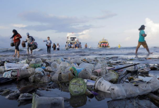 Indonesia Government report on plastic pollution