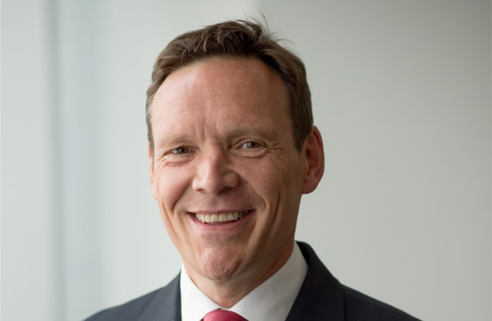 Miles Roberts DS Smith