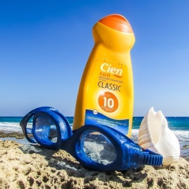 Why Most Sunscreen is Harmful (and what you can use instead)