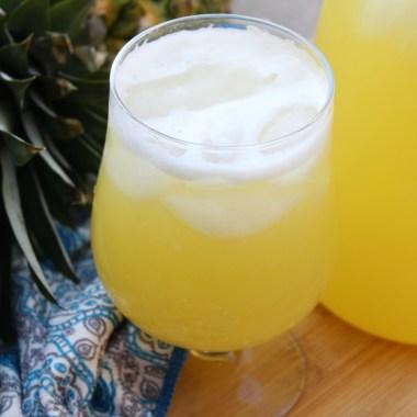 Agua de Piña (Pineapple Agua Fresca)