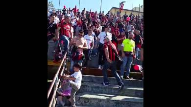 Photo of (video) Pisa-Foggia, tensione in tribuna e cori in curva