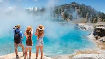 Photo of Visit the Best Time Yellowstone National Park