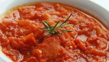 Molho de Tomate com menos acidez