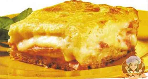 Receita de Torta cremosa de queijo - Bruschetta de Tomate com Queijo Gruyère e Manjericão