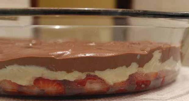 Receita de Torta Bombom aberto de Morango