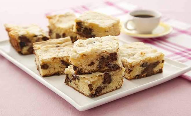 Brownie de Chocolate Branco e Chips de Tortinha - Mousse de Chocolate com Biscoito Animados Zoo