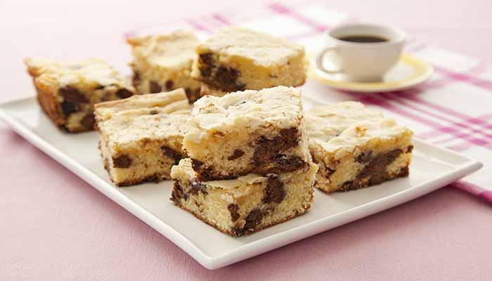 Brownie de Chocolate Branco e Chips de Tortinha