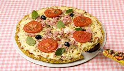 Como fazer Pizza de Mussarela com Presunto
