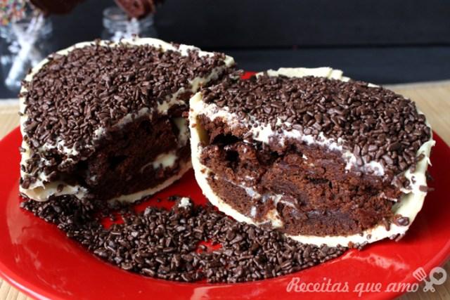 Ovo de chocolate branco com brownie - Ovo brownie