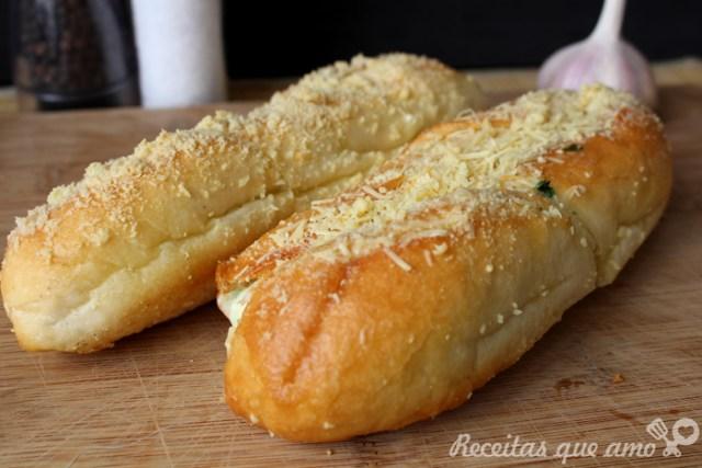Pão de alho com queijo
