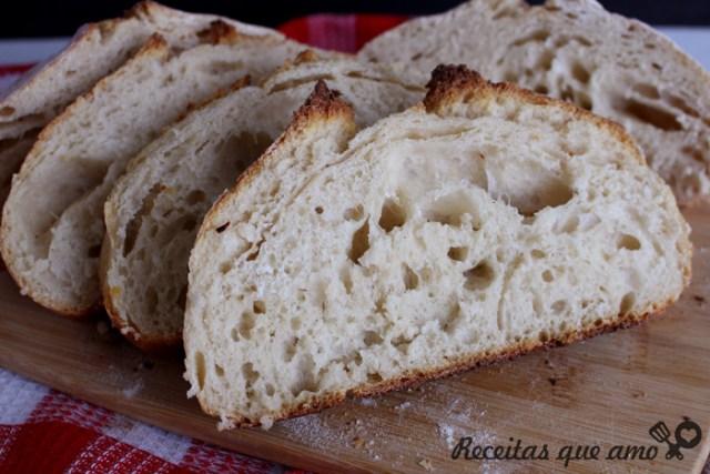 Primeiro pão au levain