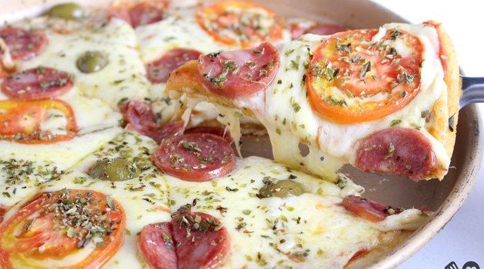 Pizza com massa de tapioca
