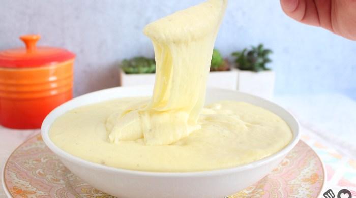 Aligot - Purê de batata com queijo