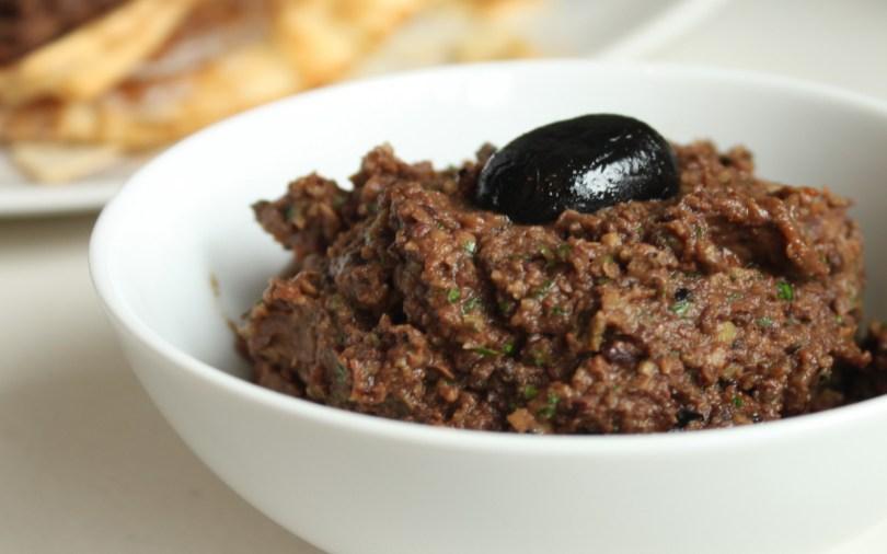 olijven-tapenade-met-tonijn-recept