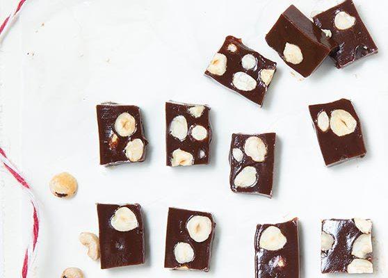 Nötchokladkola