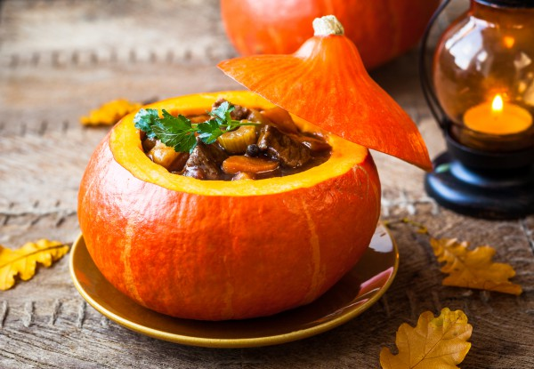 Подготовка к Хэллоуину: оригинальные блюда, оформление…