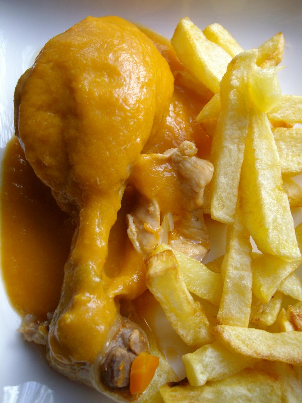 Pollo con salsa de vino blanco  Receta de cocina