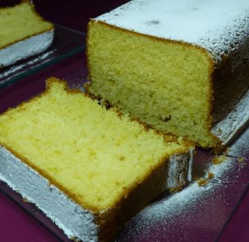 Bizcochuelo de nata y limón