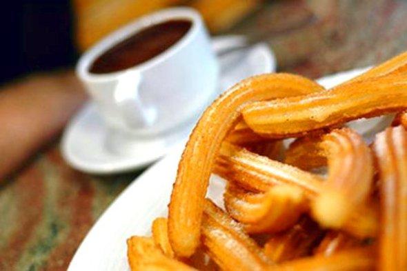 Chocolate con churros - Recetas de cocina RECETASonline