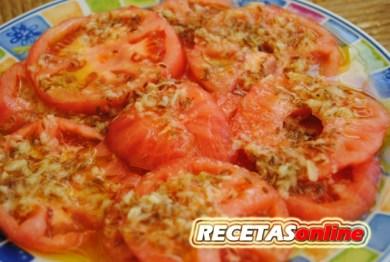 Ensalada de tomate, ajo y comino - recetas de cocina RECETASonline