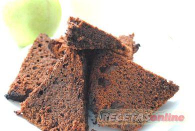 Bizcocho de chocolate con mayonesa - Recetas de cocina RECETASonline