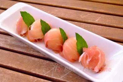 Bombones de melón con jamón - Recetas de cocina RECETAS online