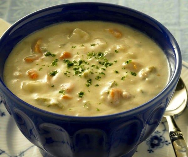 Clam Chowder sopa de almejas al estilo de Nueva Inglaterra  Recetn