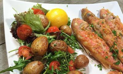 rougets-frits-salade
