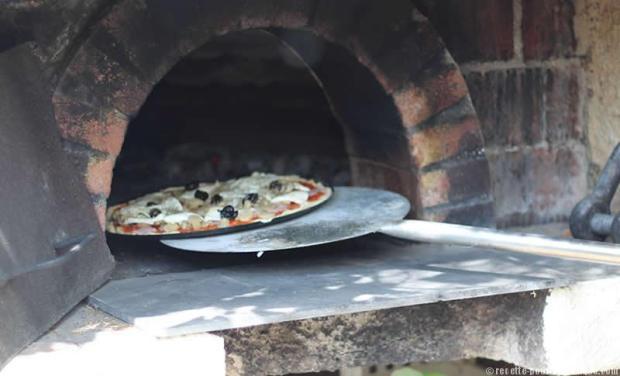 pizza-four-feu-de-bois