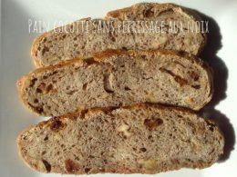 pain cocotte sans pétrissage aux noix et seigle
