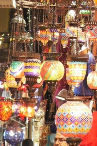 Lampes au grand bazar d'Istanbul © Balico & co