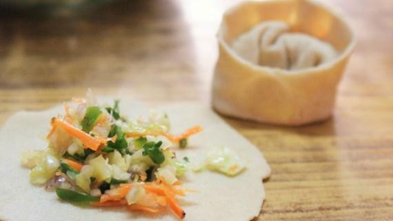 Momos tibétains, farce végétarienne aux légumes râpés