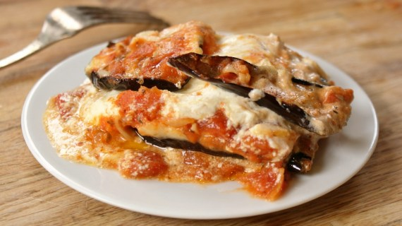 Lasagnes aux aubergines et fromages doux - Recette végétarienne - Cuisine ittalienne © Recettes d'ici et d'ailleurs