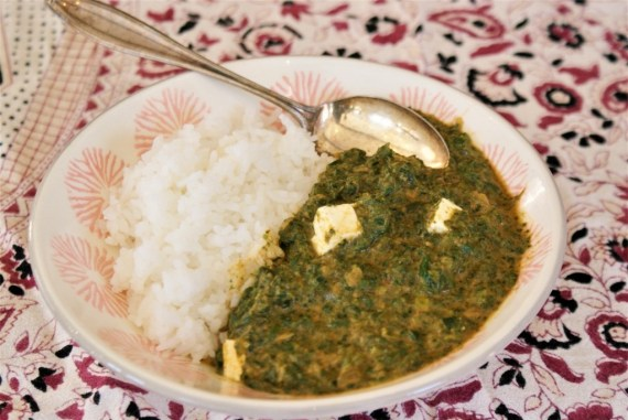Palak paneer express ou curry indien d'épinard au fromage © Balico and co