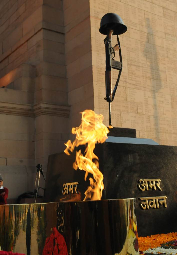 Amar Jawan Jyoti public.resource.org via Compfight cc