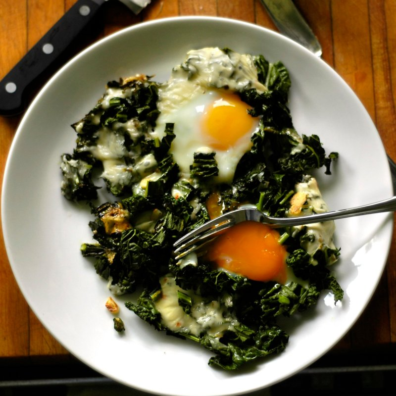 """Dad's Eggs""- Simple Stovetop Eggs with Kale and Cheese"