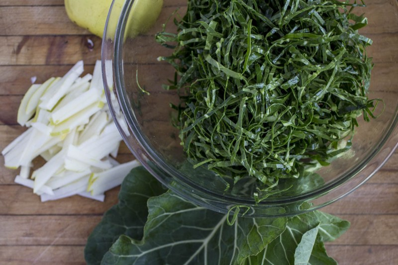 quick collard greens with apples and acv