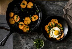 spicy sweet potatoes w/cilantro sauce