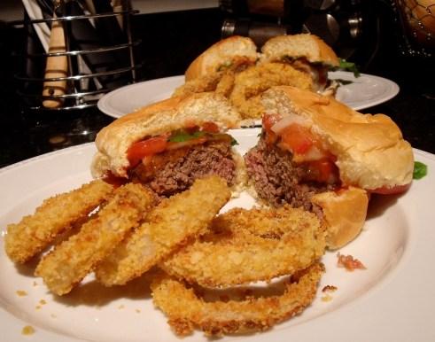 burgersonionrings2