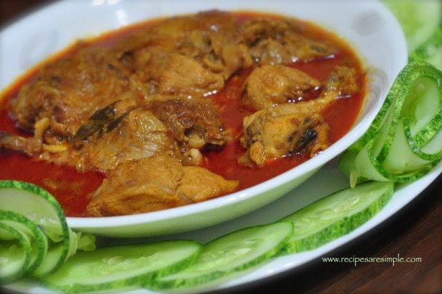 Kerala chicken curry for appam 4
