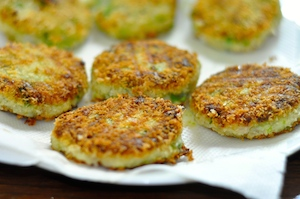 aloo tikki burger - drained pattied