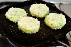 aloo tikki burger - fry patties