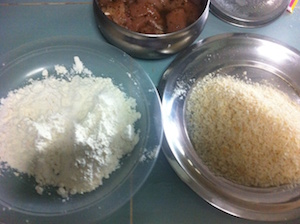 chicken cutlet spaghetti - flour and panko bread crumbs