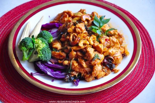 thai spicy chicken with cashew nuts