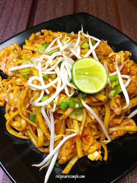 Mee Goreng Ayam | Malaysian Fried Noodles with Chicken recipe