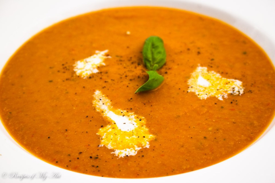 Roast Tomato and Red Pepper Soup-8