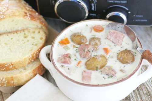 Crock Pot Potato & Ham Soup (copyright)