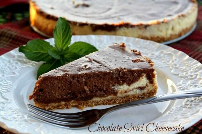 Crock Pot Chocolate Swirl Cheesecake