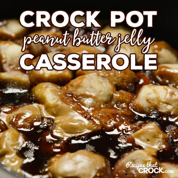 Crock Pot Peanut Butter Jelly Casserole: Are you looking for an easy breakfast casserole that kids of all ages enjoy. This slow cooker recipe is so easy to make and a favorite of PBJ fans!
